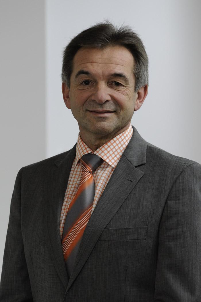 Herr Wiesnet